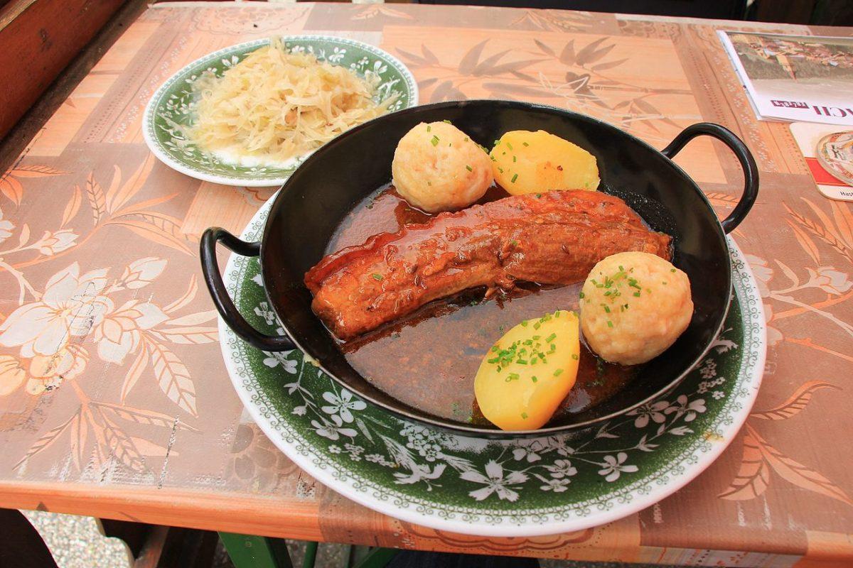 Österreichische Küche rund um die Pension Rosengarten | Schweinsbraten